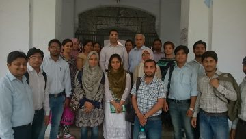 May 2016: Dr. Bedi meets with students and faculty in the Department of Education & Community Service, Aligarh Muslim University