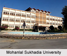 July 2016: Dr. Bedi gives half-day workshop on Solution-Focused Counselling at Mohanlal Sukhadia University in Udaipur, India